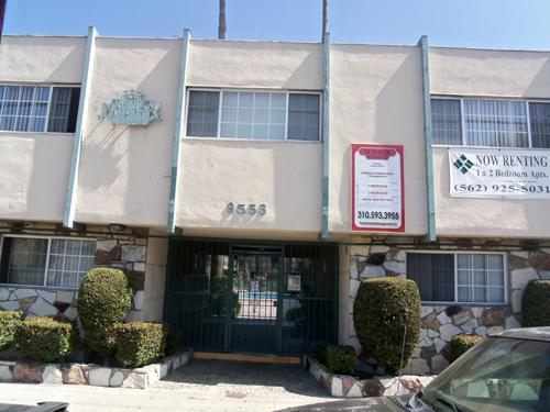 1br Very affordable apt great offer! Fully equipped kitchen gas stove pool & more. CHECK IT OUT!