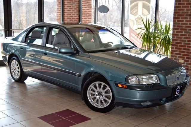 2001 Volvo S80 2.9 - Must See