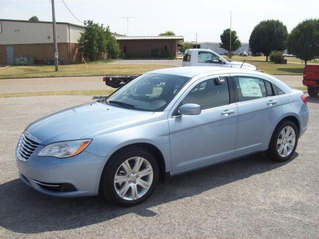 2012 chrysler 200 for sale in memphis tennessee classified. Black Bedroom Furniture Sets. Home Design Ideas
