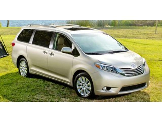 2015 Toyota Sienna LE 7-Passenger Auto Access Seat - 26995 - 66022882