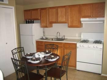 2br Come See This Cozy 2bdr Townhome!!! You Will Be Amazed!!!
