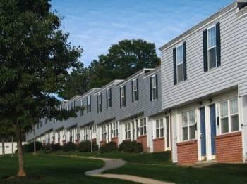 2br Experience The Quality of Townhome Living!!! Call Today!