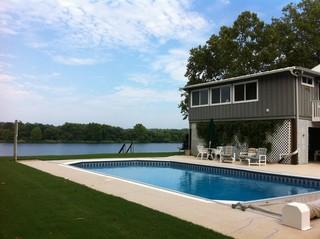 2br, MASTERS RENTAL AT PRIVATE RIVERFRONT HOUSE with FREE PARKING 5 min walk to Gate!!!
