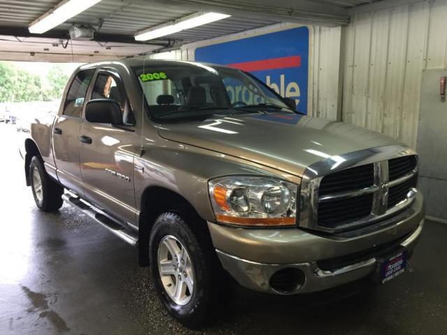 Dodge Ram 4 Door Cab Extended Quad - 66798627
