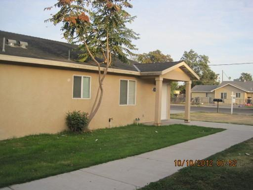 Large 3 bedroom 2 bathroom with Central H/A For Only $750.00 **MOVE-IN SPECIAL**