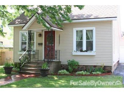 Newly renovated bungalow in desirable SE Wausau neighborhood